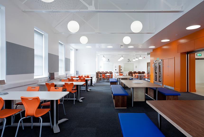 Guildford College – Learning Hub & TV Studio